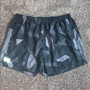 Under Armour Mens Gray Athletic Shorts SZ.2XL
